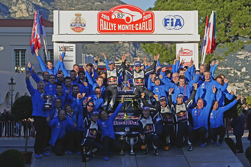 podio Miikka Anttila (FIN), Ola Fløene (NOR), Jari-Matti Latvala (FIN), Julien Ingrassia (F), Sébastien Ogier (F), Andreas Mikkelsen (NOR) Rally Monte Carlo 2015