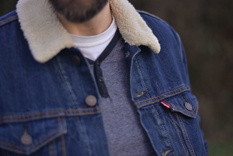 Casual menswear: Levi's sherpa collar denim jacket
