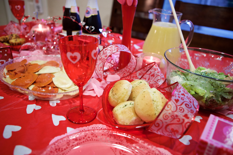 ValentinesFamilyDinner-6