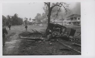 Marines Move Toward Citadel Battlefield, 11 February 1968