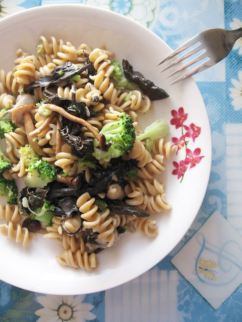 Chanterelle mushrooms recipes pasta
