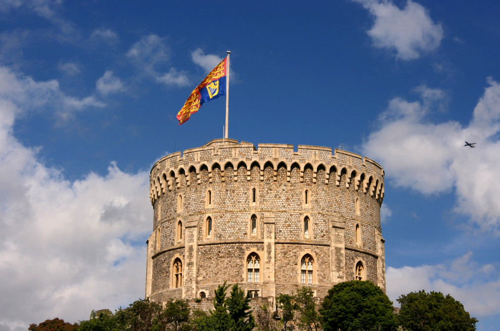 The Round Tower with the Queen's standard flying. Credit Nick Warner
