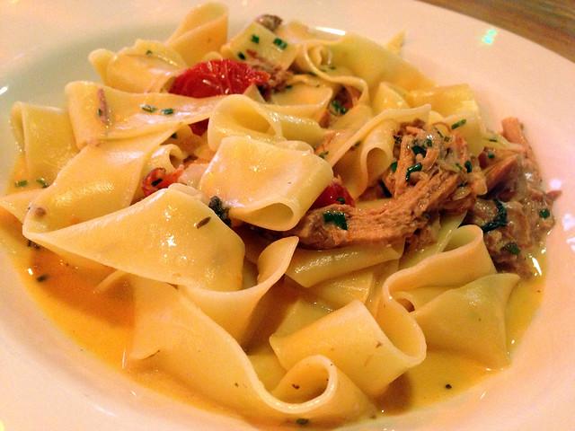 flickr: pulled pork pasta