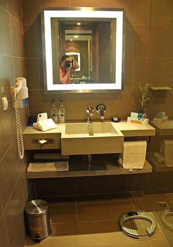 Novotel Ploen Chit Hotel 06