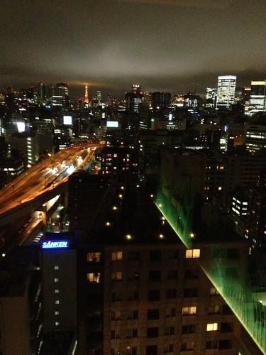 ロイヤルパークホテルからの夜景 by haruhiko_iyota