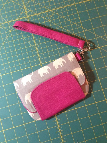 Zipper pouch using Michelle Patterns pattern