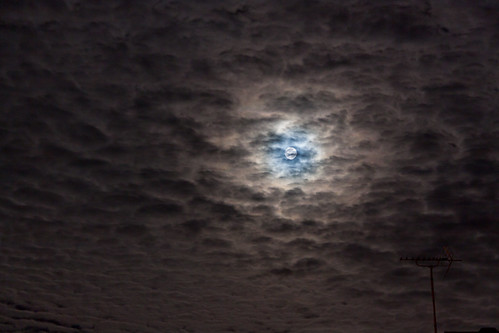The Moon tonight - 190813 by Mick Hyde