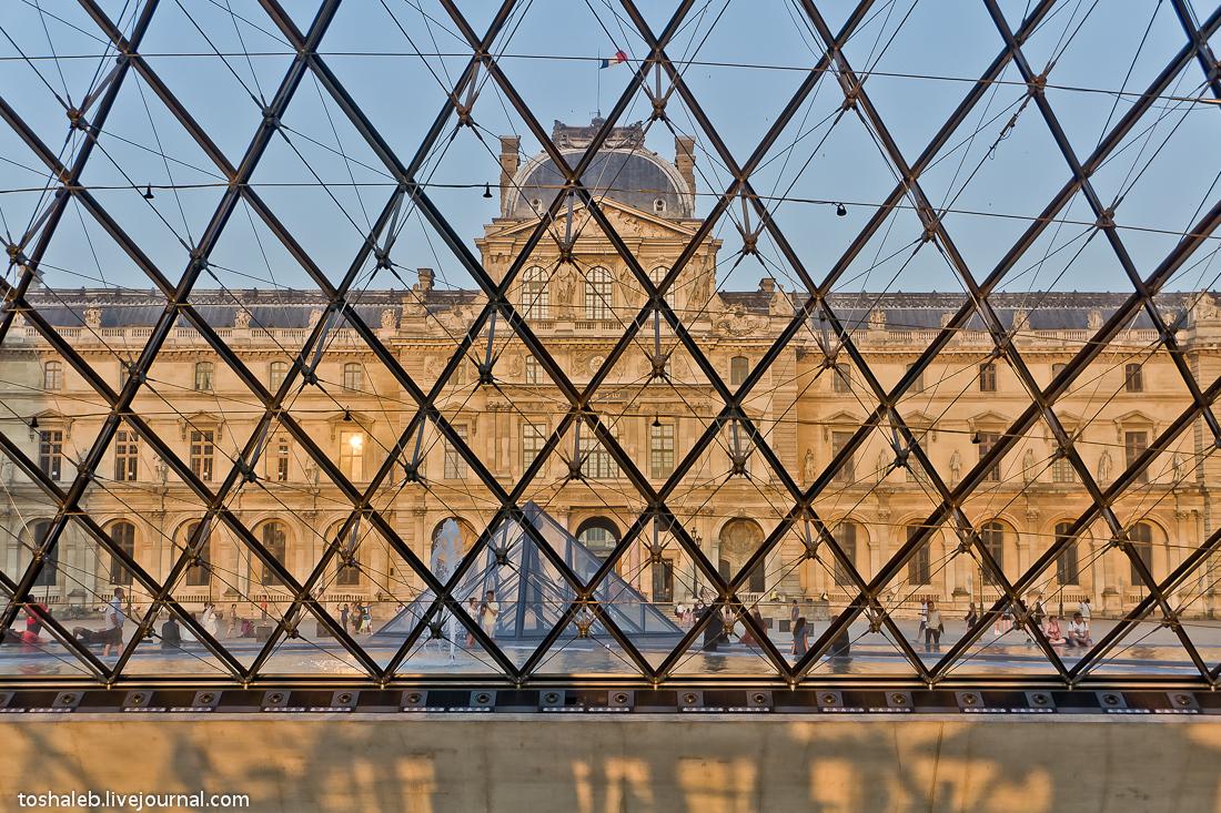 Louvre-21