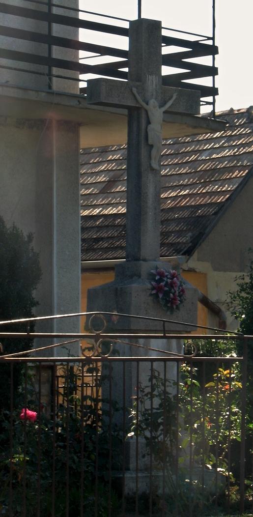Kríž v Kováčovciach