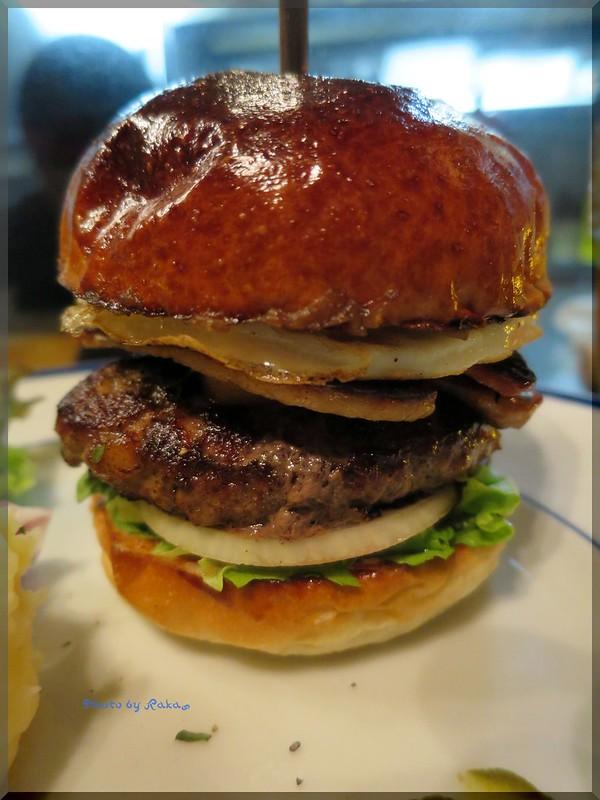 Photo:2013-10-16_ハンバーガーログブック_【名古屋】THE CORNER -Hamburger & Saloon- 今回はシグネチャーメニューを頂いてみました-01 By:logtaka