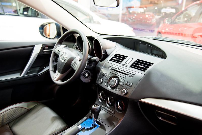 Mazda3-2103