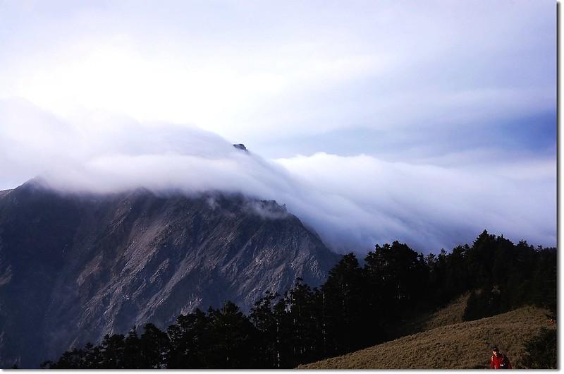 霧鎖奇萊北 8