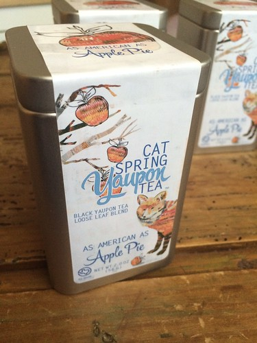 Dolan Geiman illustrations for Cat Spring Tea 'As American as Apple Pie' blend