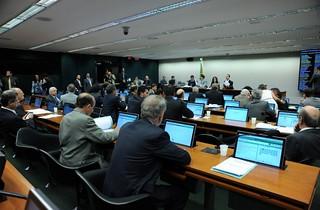 Comissão de Constituição Justiça e Cidadania durante reunião para aprovação da PL 2.145/2011