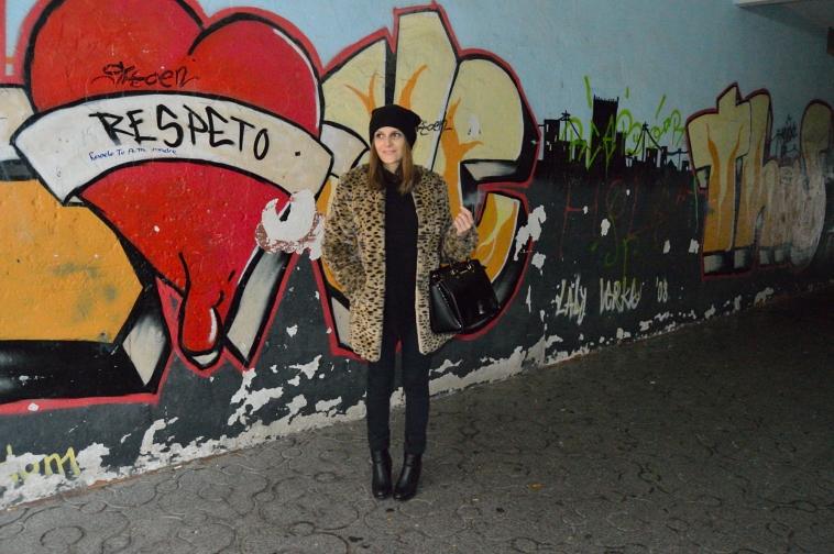 Lara-vazquez-madlula-blog-Leo-coat-abrigo-leopardo-style-chic