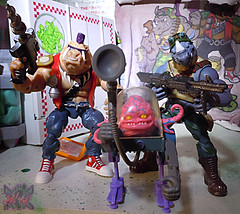 TEENAGE MUTANT NINJA TURTLES - CLASSIC COLLECTION :: ROCKSTEADY & BEBOP { tOkKustom Punk touch-ups } xxxix // .. with '89 KRANG (( 2013 ))