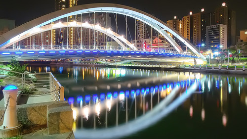 longexposure bridge night reflections nightscape taiwan olympus kaohsiung 高雄 夜景 loveriver 愛河 em1 anawesomeshot 中都 願景橋 1240mmf28 jhongdu visonbridge