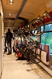 Велосипеды во французском поезде