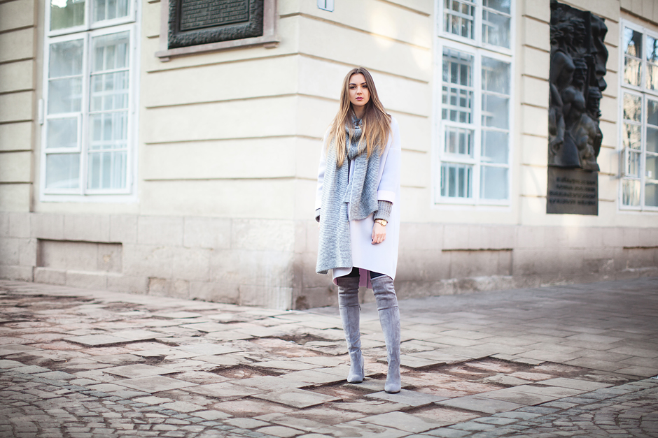 how-to-wear-gray-over-the-knee-boots-outfit-ideas