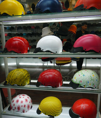 Colourful Motorcycle Helmets for Sale in Hanoi