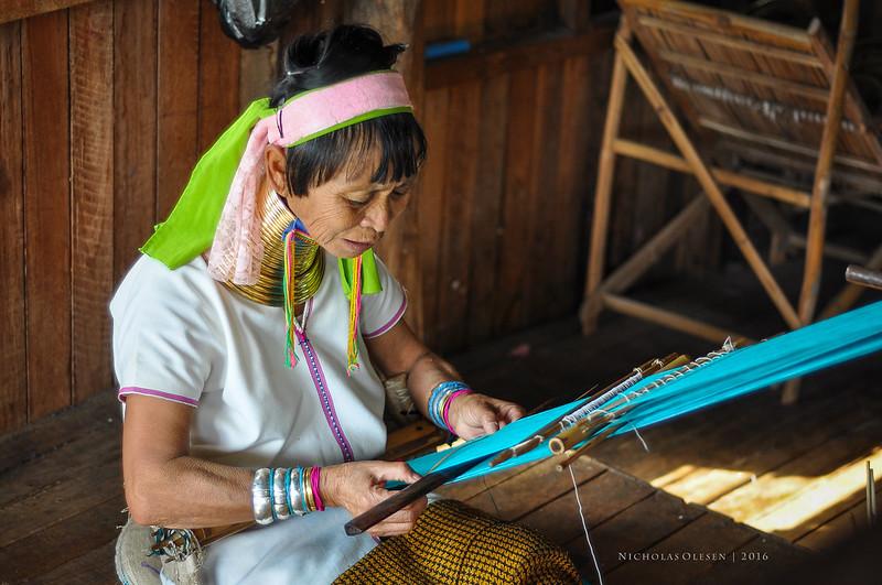 Inle Lake - Weaving Workshop
