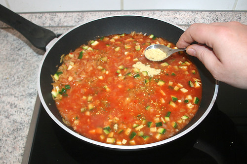40 - Gemüsebrühe einrühren / Stir in vegetable broth