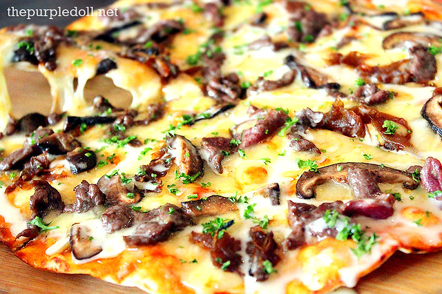 Steak and Cheese Pizza P540