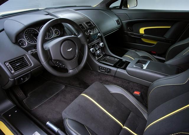 Aston Martin V12 Vantage S V