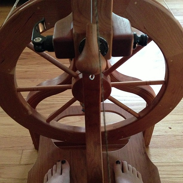 Feet, meet wheel. Let's see if we still know how to do this. #spinning #spinningwheel #schacht #matchless #yarn #nofilter