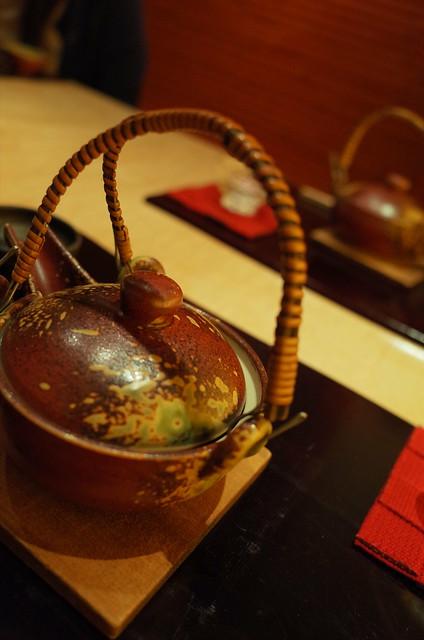 earthen teapot dobin-mushi 01