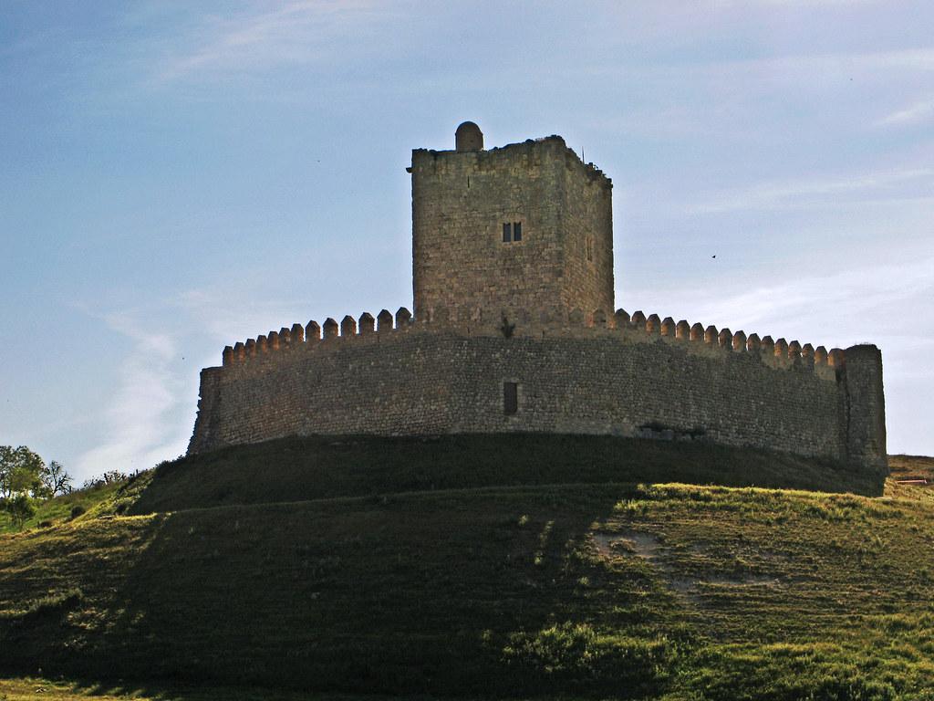 Castillo de Tiedra. Fuente