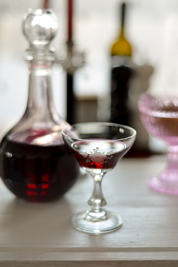 homemade blackcurrant liqueur