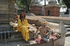 Święci w Kathmandu - Crematoria