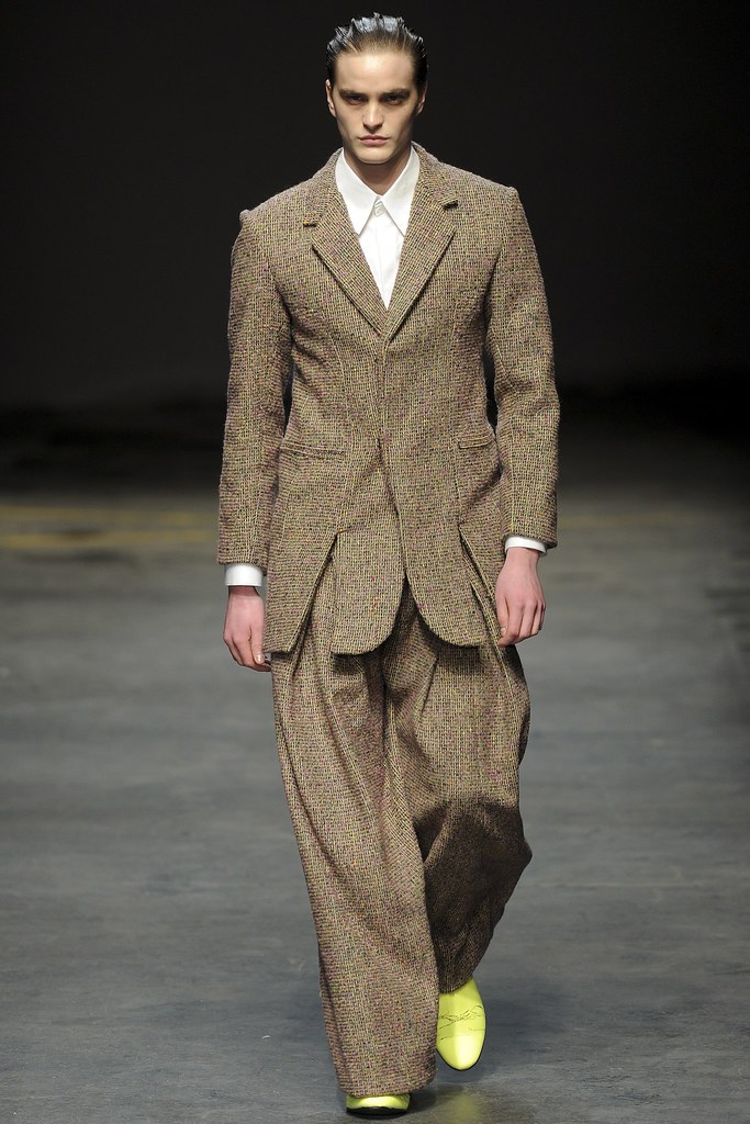 FW14 London MAN-Alan Taylor009_Robert Laby(VOGUE)