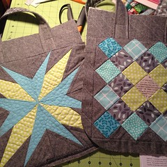 Front and back of @noodlehead531 super tote for my #sewsewmodern #ssm4 partner. Using @dontcallmebetsy lucky star block