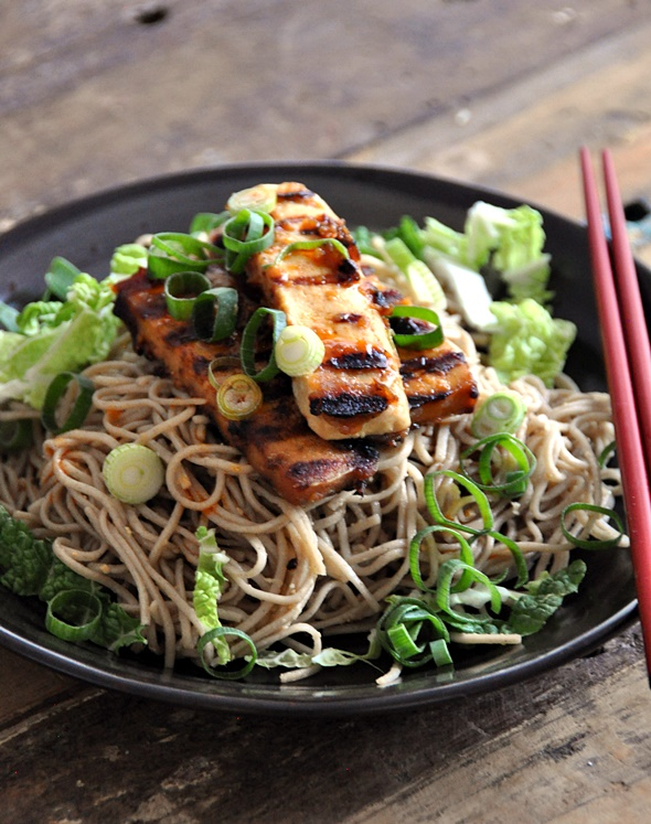 Soba with Ginger-Miso-Maple Syrup Dressing topped with Grilled Tofu | www.fussfreecooking.com