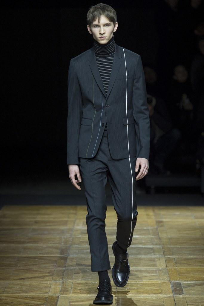 FW14 Paris Dior Homme020_Pawel Srokowskil(VOGUE)
