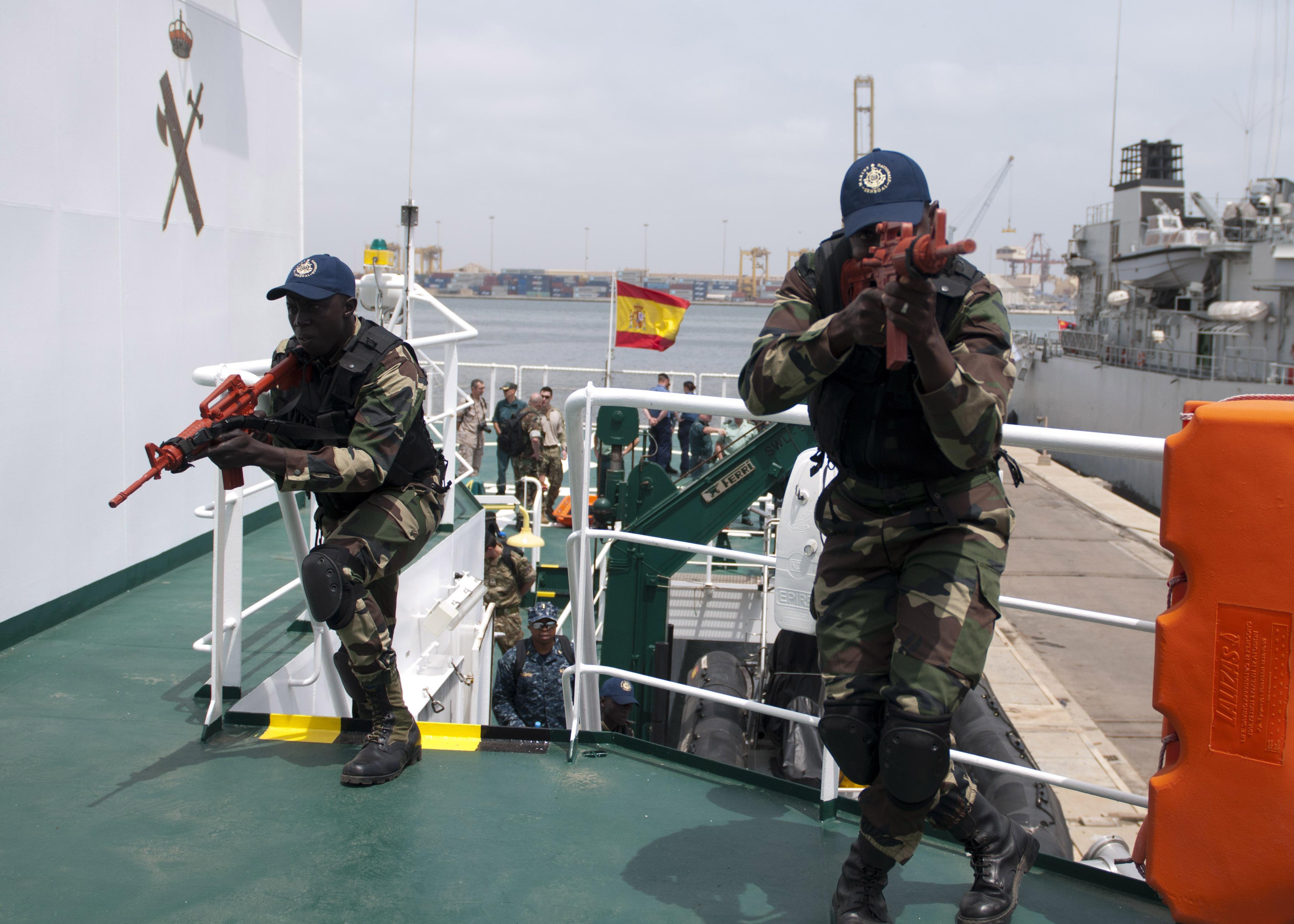 Armée Sénégalaise - Page 5 13090926065_31e3a5a773_o