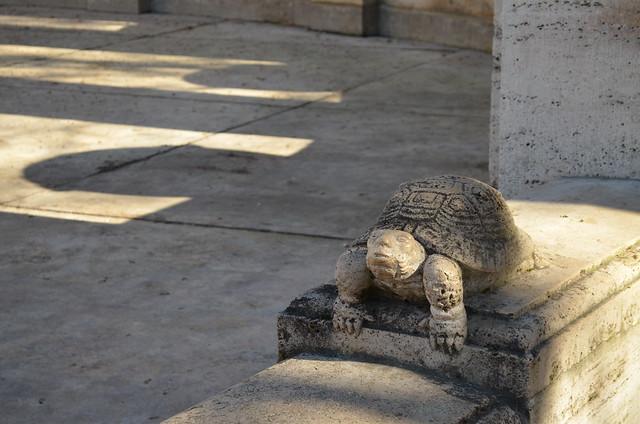 Volkspark Friedrichshain Berlin_Fairy Tale Fountain Maerchenbrunnen turtle statue