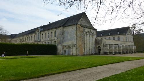 451 Abbaye Notre-Dame du Bec-Hellouin