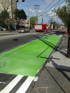 Broadway Cycle Track safety crossing painted at Columbia St @cascadebicycle @seabikeblog @seatransitblog @jseattle