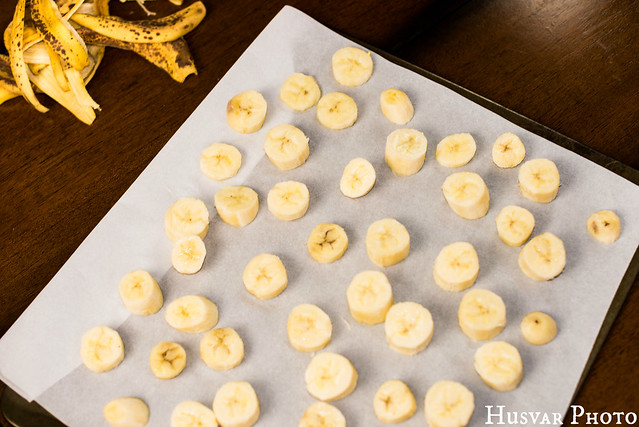 how to freeze bananas in_The_know_mom