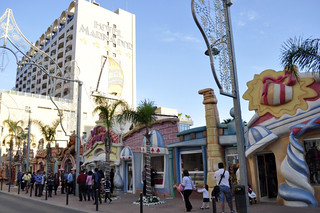 Calles de Marina d'Or  marina d'or - 14187817522 81646a000e n - Marina D'or, ciudad de vacaciones para niños y adultos