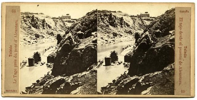 Río Tajo y Roca Tarpeya en 1863. Fotografía de Ernest Lamy. Colección Luis Alba, Archivo Municipal de Toledo