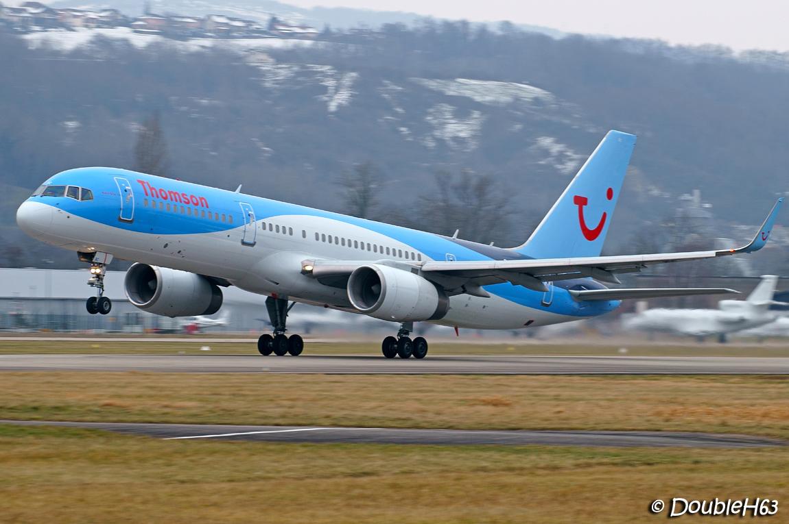 Aéroport de Chambéry Savoie [LFLB-CMF] 15927492924_d50a23c25e_o