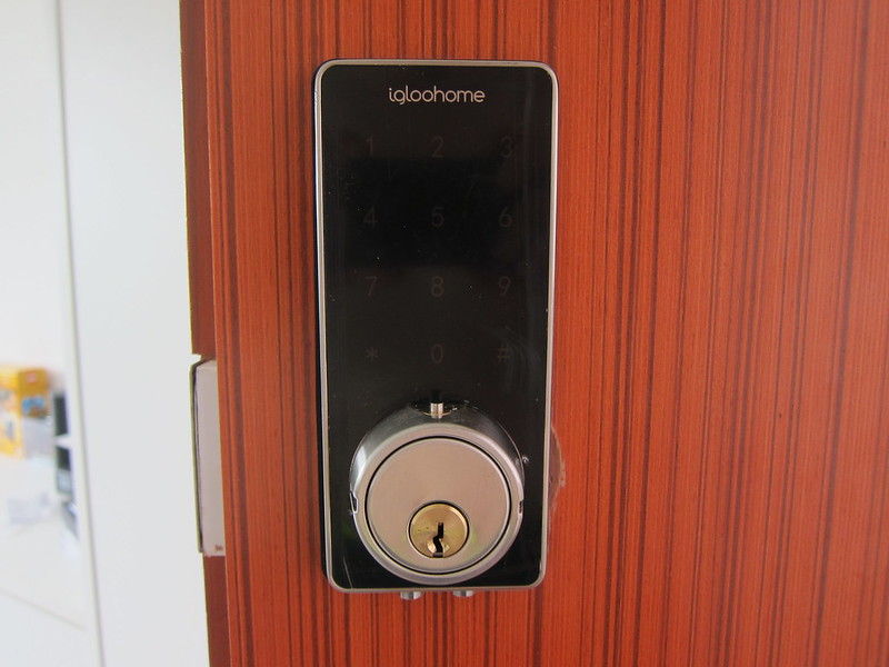 Igloohome Smart Lock - Closeup - Key Hole