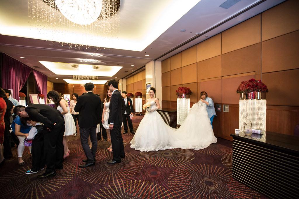 wedding0504-340.jpg
