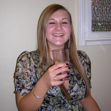 Chloe Aged 18