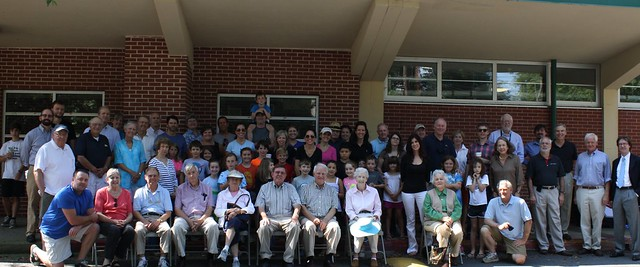 IMG_2166-2013-09-07-group-picture-E-Rivers-Elementary-School-Celebration-thanks-Ellen-C-Atlanta-Preservation-Center-cropped-best