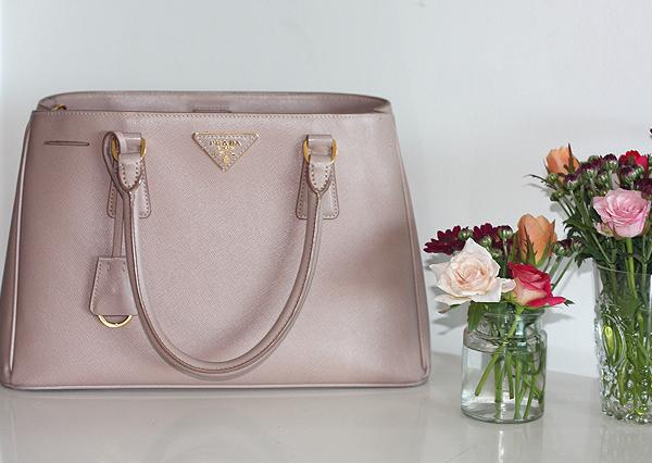 prada bag, prada, designer bag, תיק פראדה, אופנה, בלוג אופנה